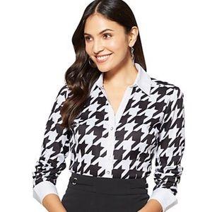 NY&CO 7th Avenue Secretsnap Madison Stretch Shirt